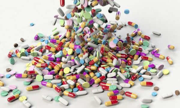 Medication Mismanagement Often Owed to Confusion